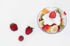 Fruta fresca y yogur fotografía de archivo