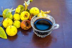 Fruta india del racimo con su té beneficioso imágenes de archivo libres de regalías