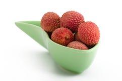 Fruta: lichíes en un cuenco Fotografía de archivo libre de regalías