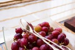Fruta madura de la uva Fotos de archivo libres de regalías