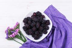 Fruta madura de la zarzamora foto de archivo libre de regalías