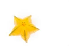 Fruta o carambola amarilla de la manzana de estrella en el fondo blanco Imagen de archivo