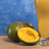A fruta peruana chamou Lucuma Imagem de Stock Royalty Free