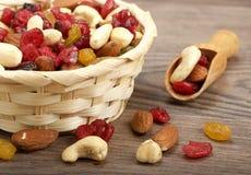 Fruta seca con las nueces Fotografía de archivo libre de regalías