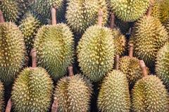 Fruta tropical del Durian en venta del fondo de la textura en la mercado de la fruta imagen de archivo