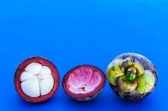 Fruta y carne del mangostán. Fotos de archivo
