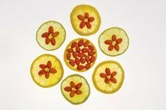Fruta y limón anaranjados medicinales Fotos de archivo libres de regalías