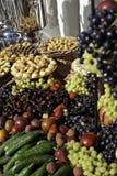 Fruta y pasteles Imagenes de archivo