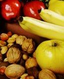 Fruta y tuercas Imágenes de archivo libres de regalías