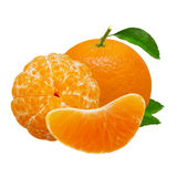 Frutas anaranjadas de la mandarina aisladas en el fondo blanco con la trayectoria de recortes Imagenes de archivo