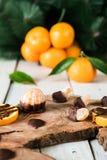 Frutas cítricas con el chocolate Imagen de archivo