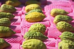 Frutas cítricas en un mercado del día de fiesta en Sukkoth Imagen de archivo