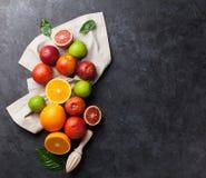Frutas cítricas frescas Fotos de archivo