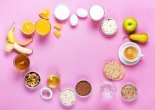 Frutas coloridas útiles del té de la leche del café del desayuno Imagen de archivo