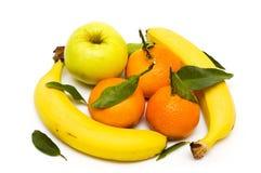 Frutas com folhas Foto de Stock Royalty Free