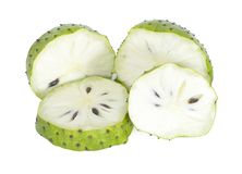 Frutas de la guanábana aisladas en el fondo blanco fotos de archivo