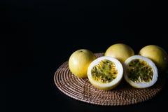 Frutas de la pasión imagen de archivo