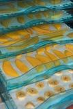 Frutas de sequía en la secadora imagenes de archivo