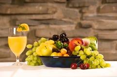 Frutas do pequeno almoço fotografia de stock royalty free