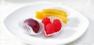 Frutas dulces del mazapán Fotos de archivo libres de regalías