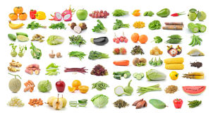Frutas e legumes isoladas no fundo branco Fotos de Stock Royalty Free