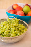 Frutas en el bown foto de archivo