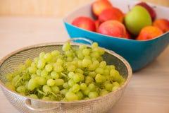 Frutas en el bown Imagen de archivo