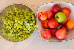 Frutas en el bown Imagenes de archivo