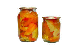 Frutas engarrafadas em uns frascos imagens de stock