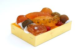 Frutas escarchadas en caja imágenes de archivo libres de regalías