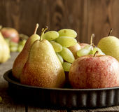 Frutas estacionales Fotos de archivo