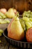 Frutas estacionales Fotos de archivo libres de regalías