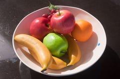 Frutas falsas Fotos de archivo libres de regalías