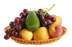 Frutas frescas en el fondo blanco Fotografía de archivo libre de regalías