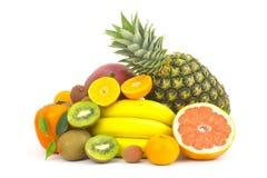 Frutas frescas no fundo branco fotos de stock