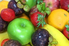 Frutas frescas tropicales imágenes de archivo libres de regalías