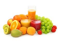 Frutas frescas y jugo Imagen de archivo libre de regalías