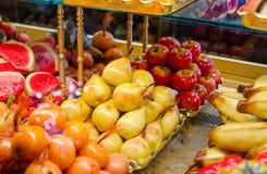 Frutas hechas del mazapán Fotos de archivo