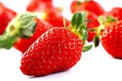 Frutas isoladas - morangos Imagens de Stock