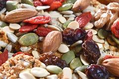 Frutas Nuts y secadas en un Baklava de nuez foto de archivo