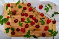 Frutas rojas Fotos de archivo libres de regalías