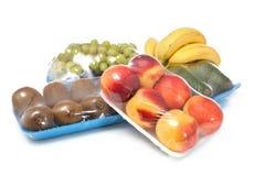 Frutas sanas en paquete Imagen de archivo libre de regalías