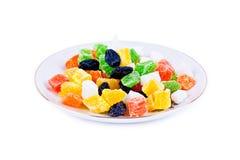 Frutas secadas en plato Fotos de archivo libres de regalías