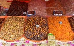 Frutas secas y mercado nuts en Marrakesh Fotos de archivo
