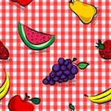 Frutas sujas sem emenda sobre o teste padrão vermelho do guingão Fotografia de Stock