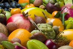 Frutas tropicais frescas fotografia de stock royalty free
