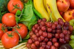 Frutas y algo de Veggies Fotos de archivo