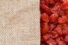 Frutas y harpillera secadas foto de archivo libre de regalías