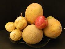 Frutas y manzana Foto de archivo libre de regalías