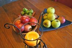 Frutas y salud alimenticia con las manzanas Fotografía de archivo